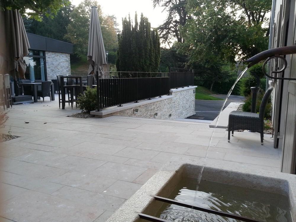 Installation fontaine Rhône